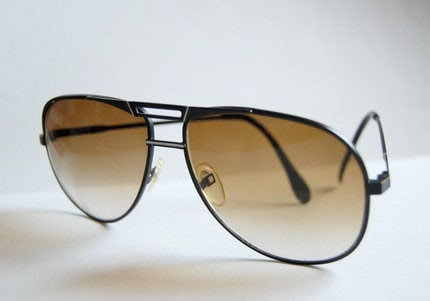 aviator sunglasses for men. Vintage aviator sunglasses