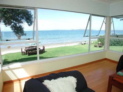Auckland House Rental: Absolute Beachfront - Stunning Views | HomeAway