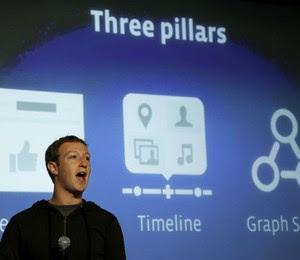"""O CEO do Facebook, Mark Zuckerberg, anuncia a nova ferramenta da rede social, chamada """"graph search"""" (Foto: Jeff Chiu/AP)"""