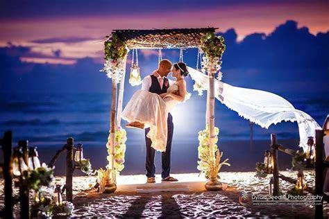 Amazing beach Sri Lankan Poruwa Wedding. Amazing capture
