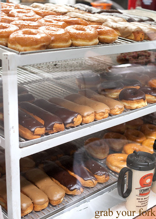 sugar raised donuts and long johns at randys donuts inglewood la los angeles california