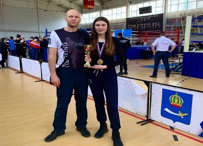 Волжане взяли два «золота» на чемпионате ЮФО по кикбоксингу