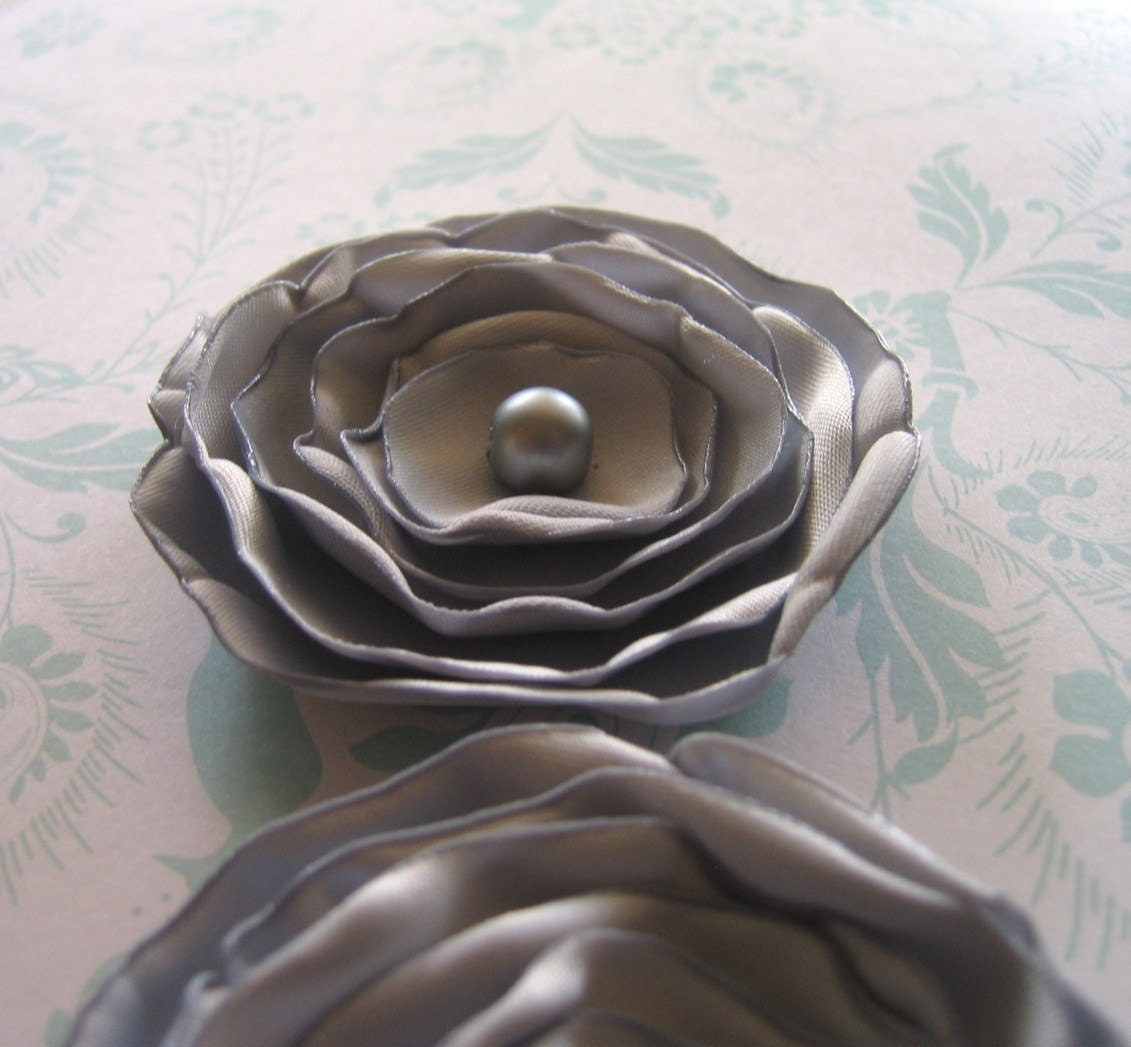 Set of 2 handmade beaded sew-on / glue-on fabric flower appliques in Sterling