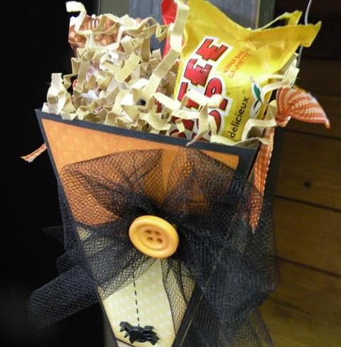 .Candy Corn Treat Cone 2