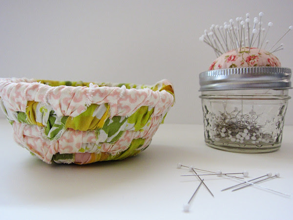 scrappy thread catcher and pin cushion