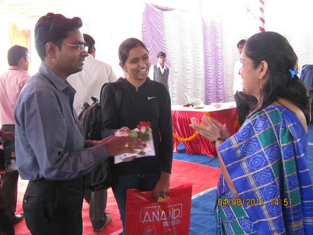 Mrs. Hemanti Kulkarni, President, D S Kulkarni Developers Ltd, honoring the first time home buyer couple at the launch of DSK Kunjaban - 1 BHK 2 BHK Flats - Punawale - off Mumbai Bangalore Bypass - Pune 411 045