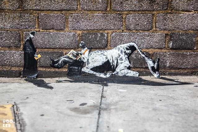 Miniature Street Art in London, by Mexican street artist Pablo Delgado. Photo ©Mark Rigney / Hookedblog