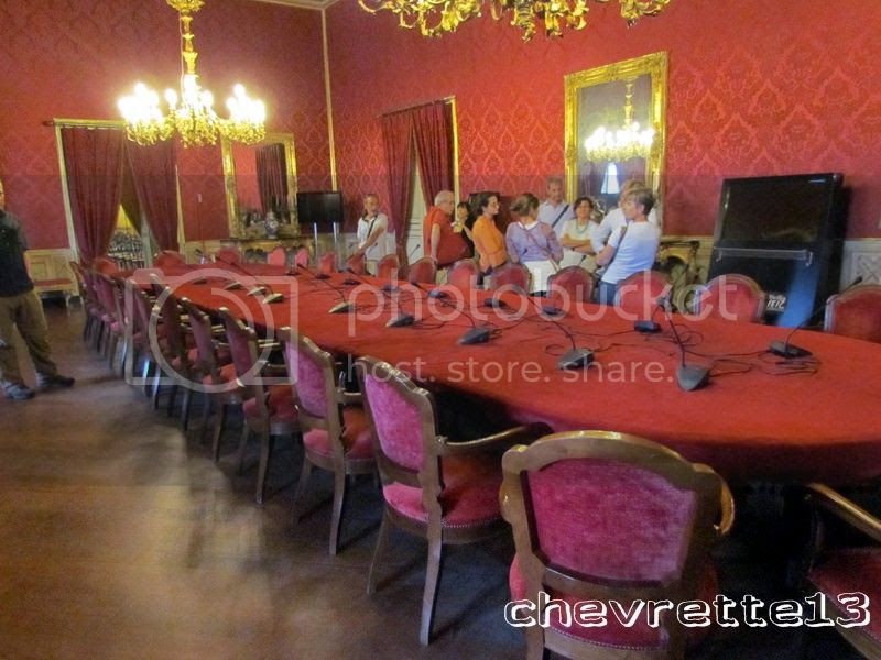 http://i1252.photobucket.com/albums/hh578/chevrette13/SICILE/IMG_3206Copier_zps5cfd5d40.jpg