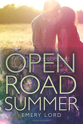 https://www.goodreads.com/book/show/17978160-open-road-summer