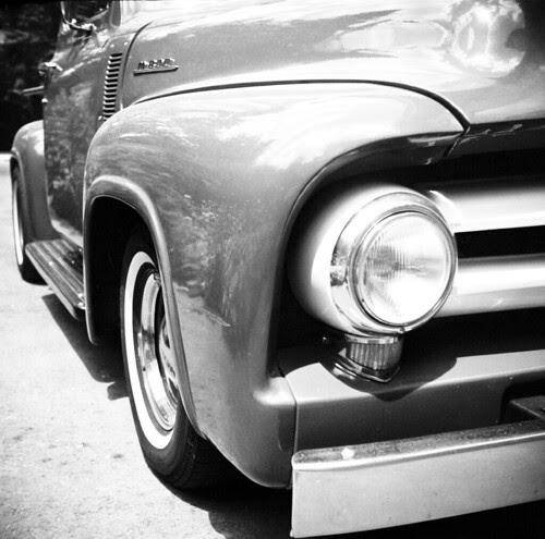 1956 Mercury M800