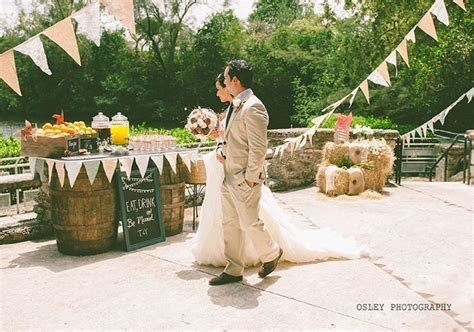 Best 25  Vintage furniture wedding ideas on Pinterest