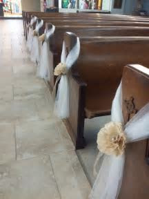tulle church pew decoration   Google Search   Projects to