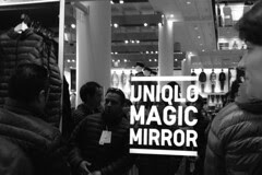 Uniqlo - Magic Mirror