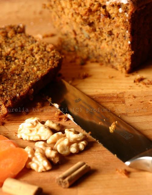 cake carote con coltello