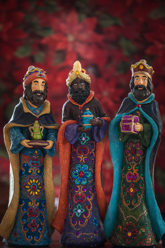 112/365 HAPPY THREE KINGS DAY!  josezayaspr.com