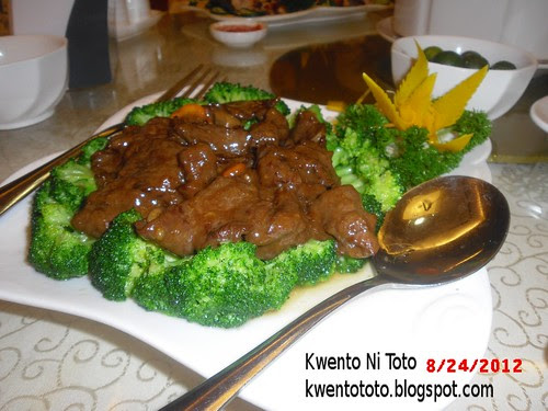 King Bee Chinese Restaurant Bloggers Food Tasting Event Sliced Beef With Broccoli Flower