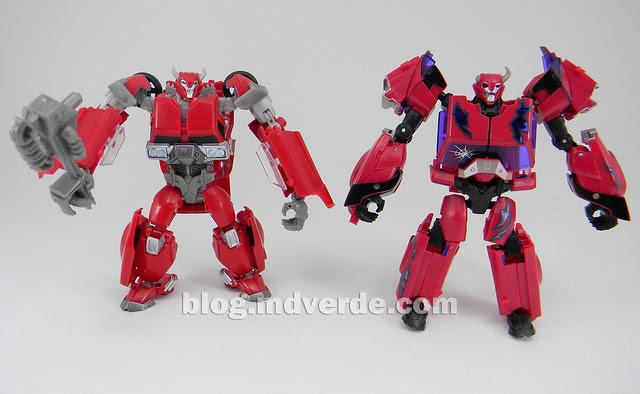 Transformers Terrorcon Cliffjumper Rust In Piece Deluxe - Prime SDCC - modo robot vs RID