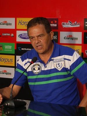 Francisco Diá, treinador do Campinense (Foto: João Brandão Neto / GloboEsporte.com/pb)