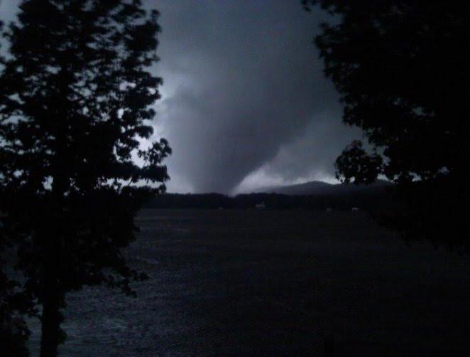 File:Shoal Creek Valley Alabama Tornado April 27, 2011.jpg