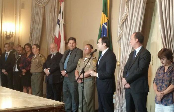 Concurso foi anunciado esta manhã pelo governador Paulo Câmara, no Palácio do Campo das Princesas. Foto: Mariana Fabrício/ DP