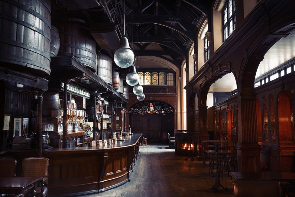 Cittie of Yorke pub - Holborn London