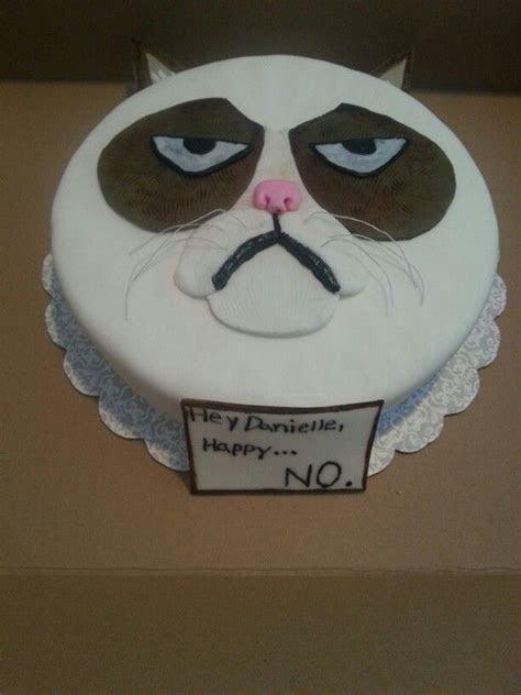 Grumpy cat cake by brooklynsfinestbaking   My cakes