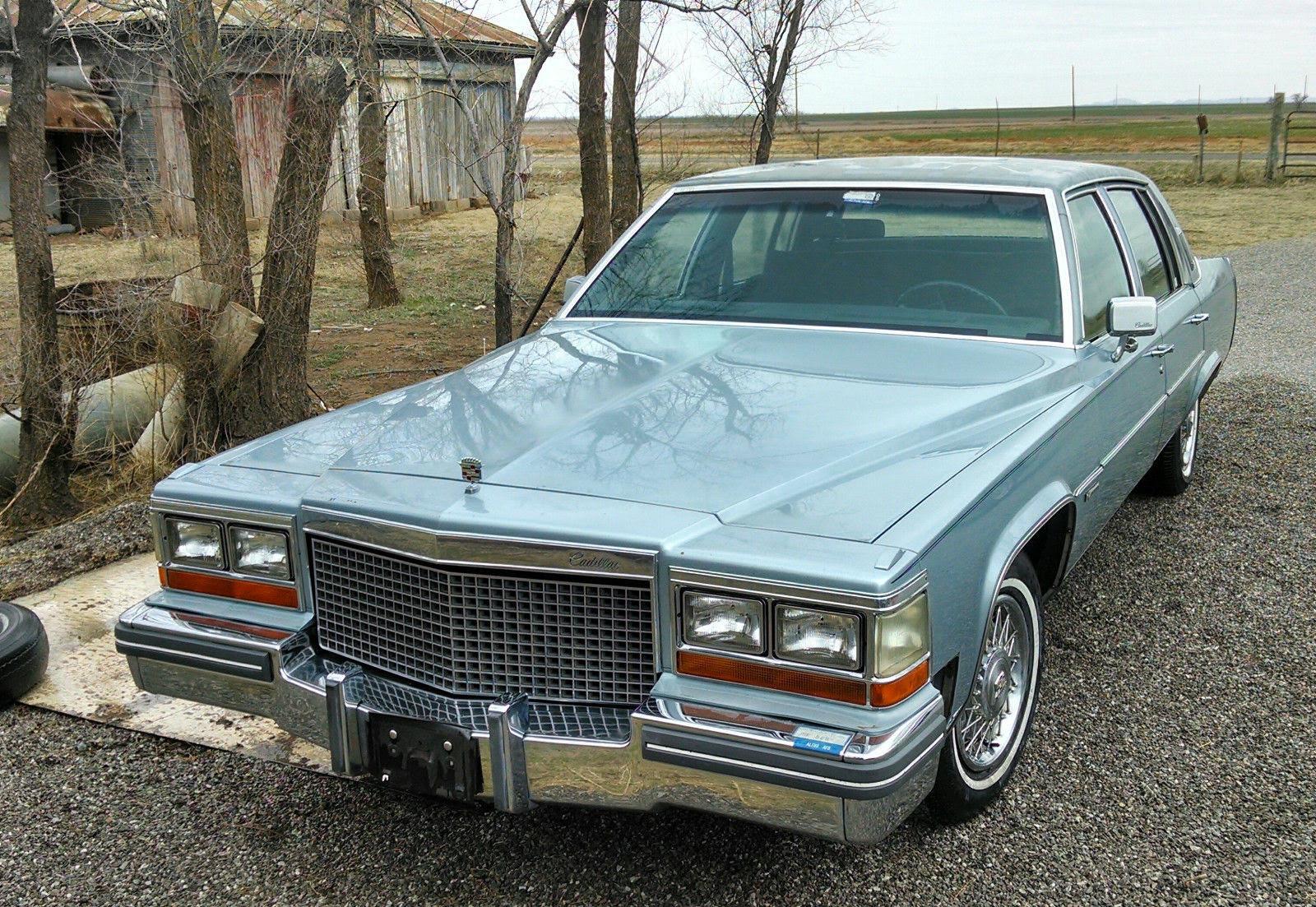 1981 Cadillac DeVille Base Sedan 4-Door 6.0L - Classic ...
