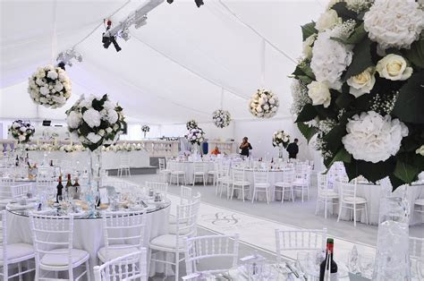 Unique Wedding Reception Ideas & Wedding Themes   Be Inspired!