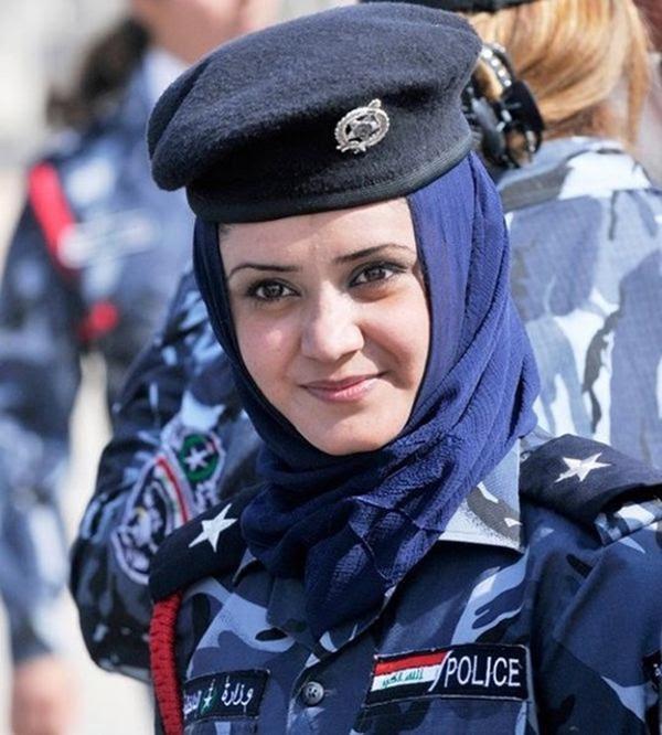 police_girls_14
