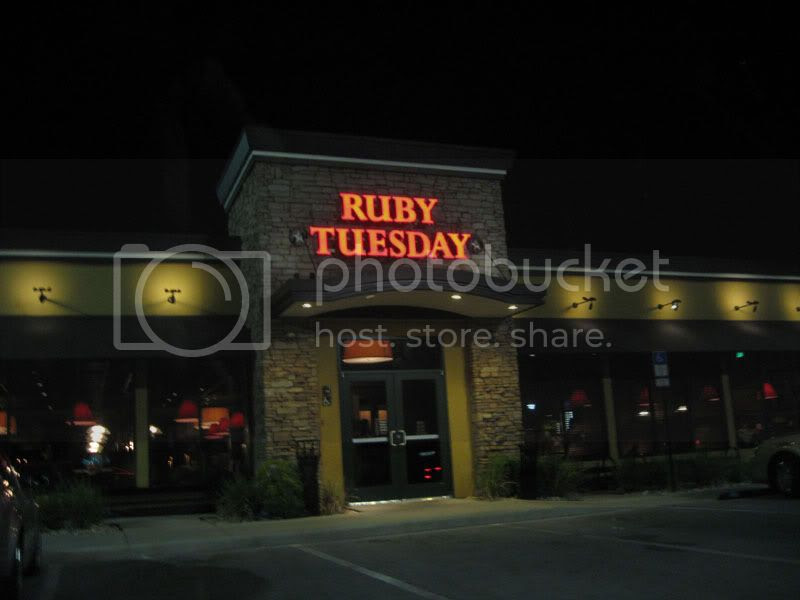 Ruby Tuesdays Outside of Cypress Gardens