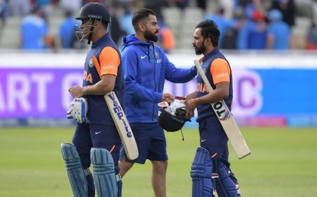 """World Cup 2019: Dhoni criticised for """"baffling"""" innings but gets Kohli's backing"""