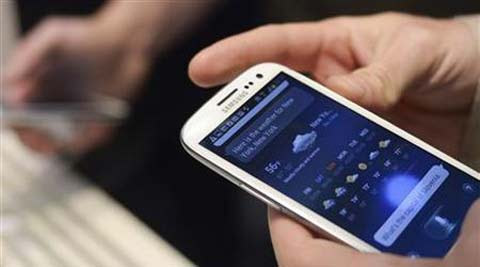 Smartphones can now diagnose a disease. (Reuters)