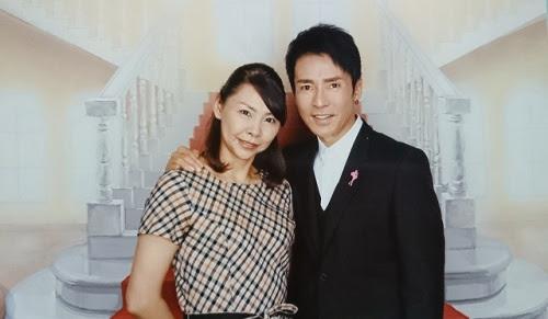 郷 ひろみ 妻