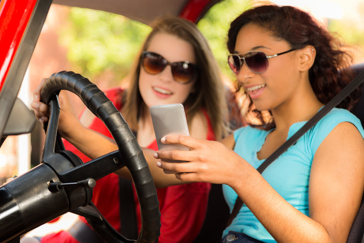 Why Buy a Hands-Free Device for Your Car - Remco Insurance