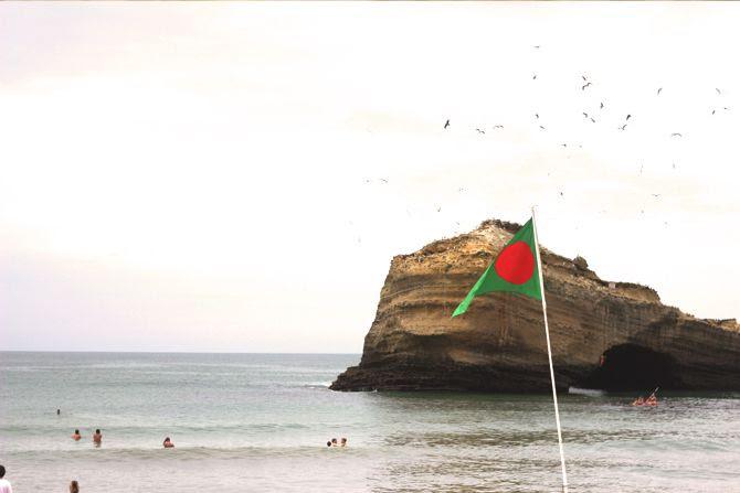 photo 2_Biarritz_rocher_plage_mirama_zps85a0e291.jpg