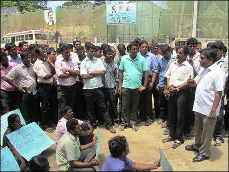 Protest land grab in Jaffna