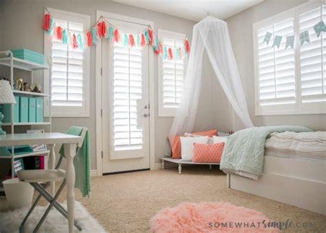 tween girl bedroom  simple