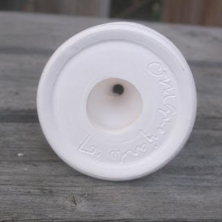 Double walled holeless salt shaker