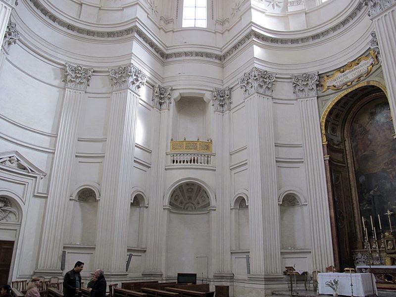 File:Sant'ivo alla sapienza, interno 02.JPG