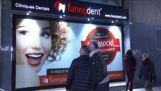 Milers de clients, afectats pel tancament sobtat de les clíniques Funnydent