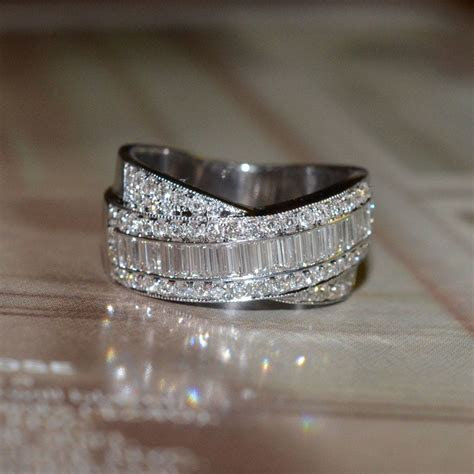 RESERVED: Round and Baguette Cut Diamond Wedding Band (18k