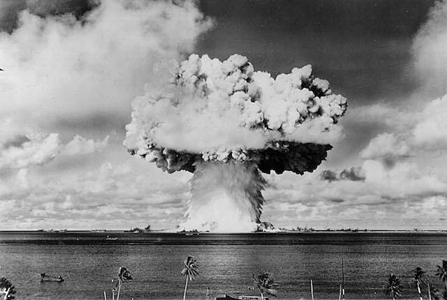 "379631 07: An atomic cloud rises July 25, 1946 during the ""Baker Day"" blast at Bikini Island in the Pacific. (Photo by National Archive/Newsmakers)"