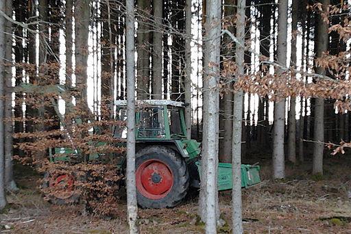 Waldtraktor schaeftlarn 2012-01-03 15.48.41