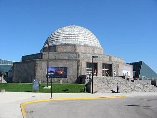 http://media-cdn.tripadvisor.com/media/photo-s/00/17/de/f4/adler-planetarium-and.jpg
