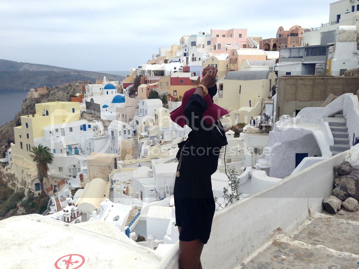 photo get away in Santorini_zps31cnartv.jpg