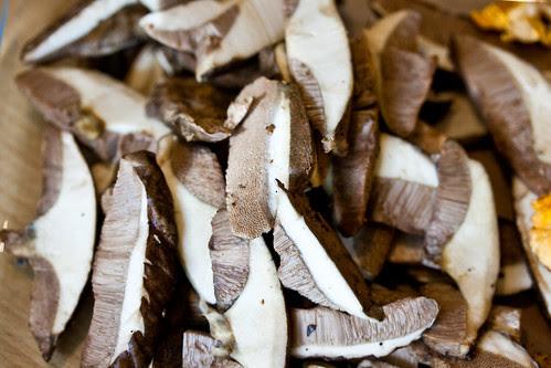 Mushrooms with watercress-6