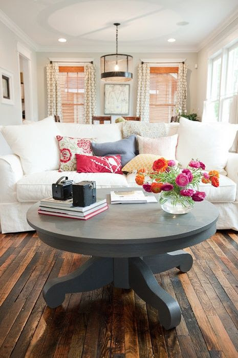 Love the white sofa - great if made as a fitted sofa cover and pillow covers in pre-washed, pre-bleached white denim.  If red wine, kool-aid, etc spill, just re-bleach, wash & it's like brand new.  Won't shrink.  Add colored throw pillows & change the look - seasonal, etc.