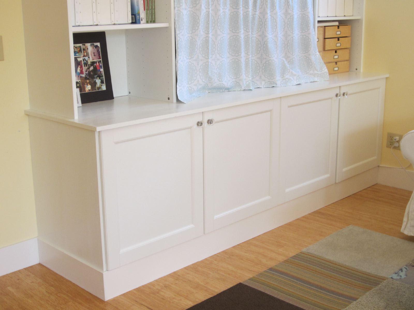 IKEA Hack 2: Besta Built-In Family Room TV Bookshelf | Shirley ...
