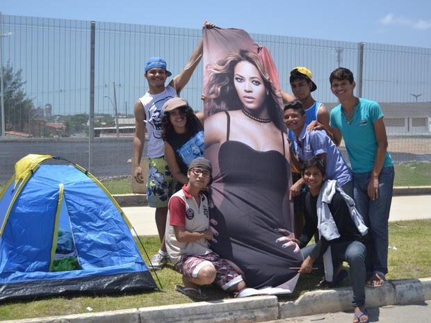 Fãs estão acompanhados desde domingo (8) (Foto: ArteProduções/Divulgação)