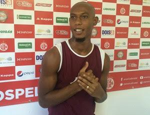 Flávio Boaventura - zagueiro do América-RN (Foto: Carlos Cruz/GloboEsporte.com)